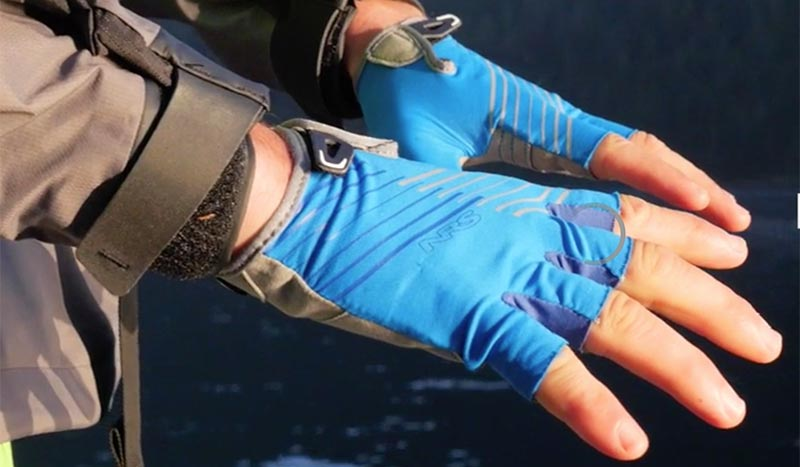 Avoid Blisters With A Good Pair of Fingerless Paddling Gloves